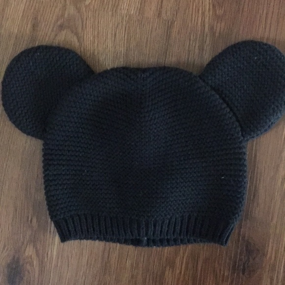 71c229449e4 GAP Other - Knitted beanie Mickey Mouse